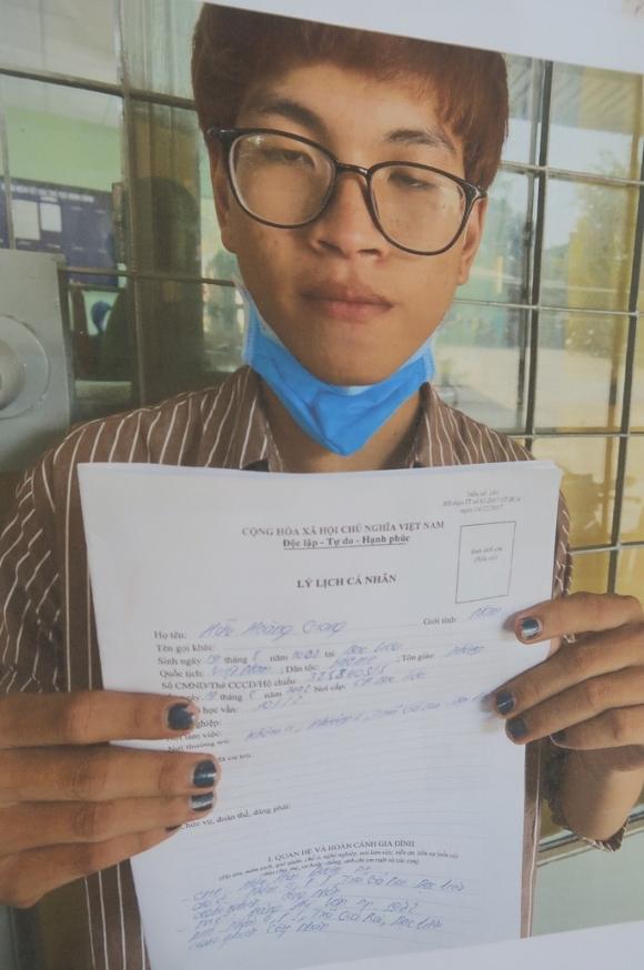 Bắt 2 kẻ lột đồ cô gái rồi cướp xe ở Bình Thạnh, TP HCM - Ảnh 2.
