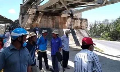 Mải mê chụp hình, 2 nữ sinh bị tàu lửa tông tử vong