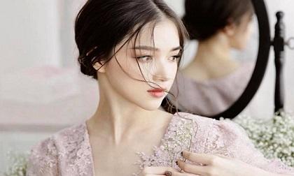 Yêu một người vô tâm nghĩa là đàn bà đã sai ngay từ khi bắt đầu
