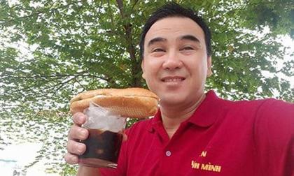 Ở biệt thự chục tỷ, đi xế hộp hạng sang MC Quyền Linh vẫn rất giản dị khi ăn uống