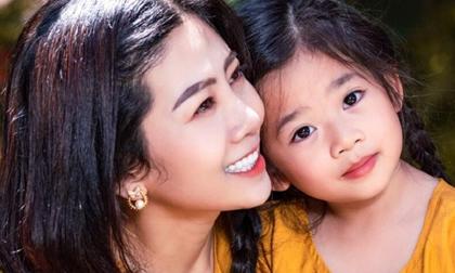 Xót xa với câu nói của con gái Mai Phương: 'Khi nào mẹ về với con?'