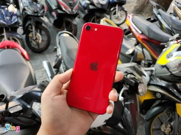 iPhone SE 2020 ve VN truoc ngay Apple mo ban, gia tu 12,7 trieu dong hinh anh 1 iPhone_zing.jpg