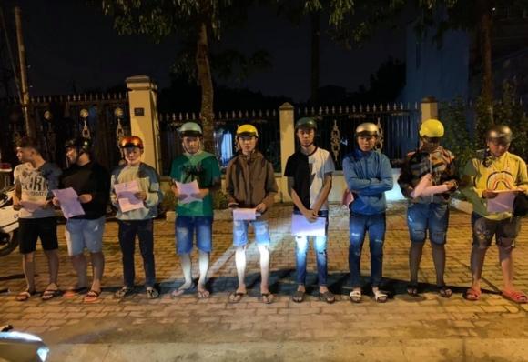 Gan 100 thanh nien dua xe gay nao loan Binh Duong hinh anh 1 quai_xe_2.jpg