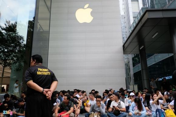 Dau hieu Apple sap mo nha may iPhone o Viet Nam hinh anh 1 Apple_tuyen_dung_1.jpg