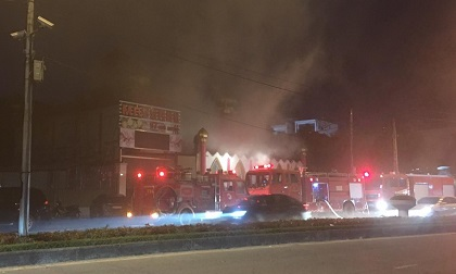 Hải Dương: Cháy lớn tại quán karaoke, nhiều người dân hoảng loạn