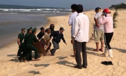 Tìm thấy thi thể thanh niên sau 3 ngày bị sóng cuốn khi đi tắm biển