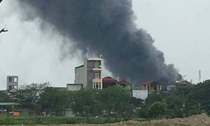 Hà Nội: Cháy lớn tại Khu công nghiệp Phú Thị, hàng chục công nhân hoảng loạn tháo chạy