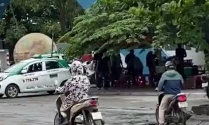 Cảnh sát nổ súng chặn nhóm thanh niên dùng dao truy sát đối thủ