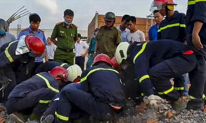 5 giờ đào bới tìm nạn nhân vụ sập công trình làm 10 người chết
