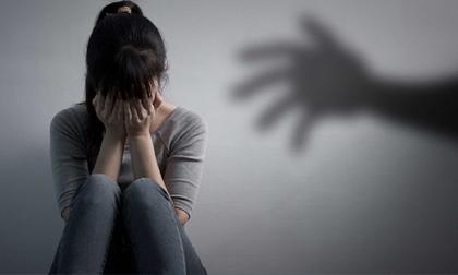 Cảnh báo cạm bẫy trước ngưỡng cửa vào đời vụ 2 nữ sinh bị dâm ô trong phòng trọ