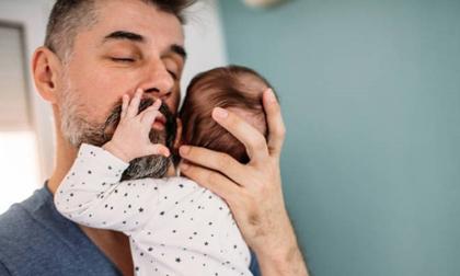 Khoa học chứng minh: Tuổi của cha cũng quyết định việc mang thai và sức khỏe của trẻ