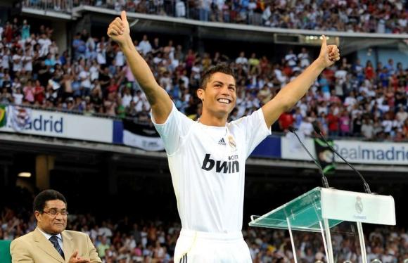 Ronaldo va chuyen chua ke ve nguoi cha qua co hinh anh 2 Ro1.jpg