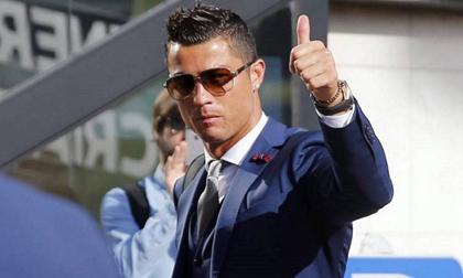 Ronaldo lập kỷ lục khi cán mốc một tỷ USD thu nhập