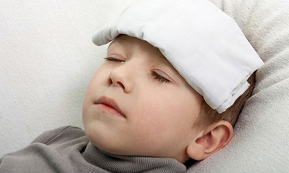 Tiết trời 39 độ trẻ dễ bị say nắng, dành 1 phút đọc để bảo vệ con khỏi nguy cơ đột quỵ