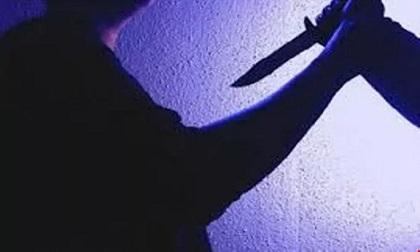 Một công an nghi bị đâm tử vong sau khi rời trụ sở