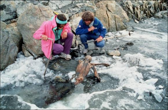 Người băng Otzi: Xác ướp lâu đời nhất của loài người từng được tìm thấy và bí ẩn lời nguyền đáng sợ đoạt mạng 7 người