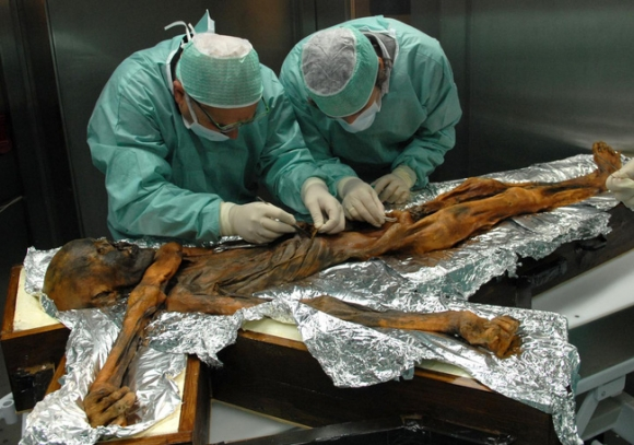 Người băng Otzi: Xác ướp lâu đời nhất của loài người từng được tìm thấy và bí ẩn lời nguyền đáng sợ đoạt mạng 7 người - 4