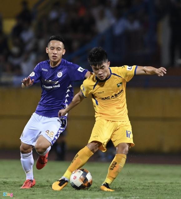 Vì sao CLB Hà Nội thua SLNA ngay trên sân nhà - 1