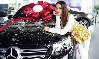 'Soi' khối tài sản khủng của Hoa hậu chuyển giới Hương Giang ở tuổi 28
