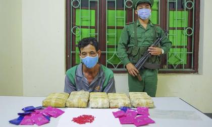 Bắt đối tượng người Lào mang 30 nghìn viên ma túy vào Việt Nam
