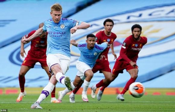 Ngạo nghễ với chức vô địch, Liverpool bị Man City đá cho xây xẩm mặt mày trong mưa bàn thắng - Ảnh 3.