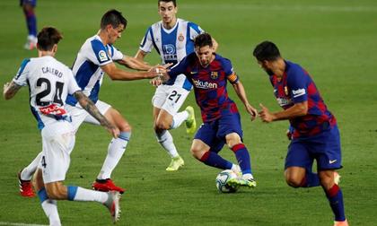 Barca phả hơi nóng vào Real sau trận thắng tối thiểu