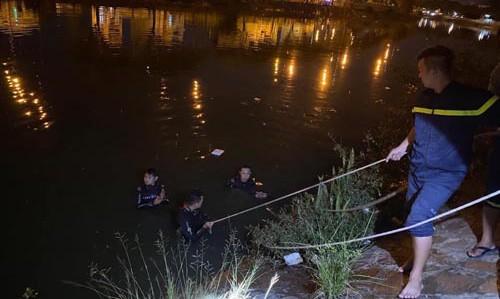 TP. HCM: 2 phụ nữ cùng nhảy xuống kênh sau cãi nhau, một người tử vong, người còn lại cấp cứu - Ảnh 1.