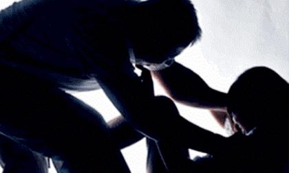 Cô gái bị 3 đối tượng hiếp dâm lấy tài sản giữa trưa trong tịnh thất