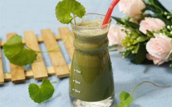 Những sai lầm khi uống nước rau má giải nhiệt bổ đâu không thấy, chỉ thấy toàn bệnh vào người