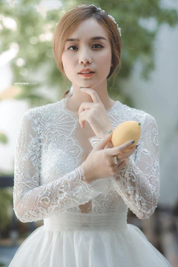 Vợ cũ Hoài Lâm bất ngờ diện áo cưới, tiết lộ tâm sự khiến nhiều người xót xa - Ảnh 2.