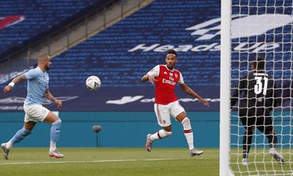Hạ Man City 2-0, Arsenal giành vé vào chung kết FA Cup