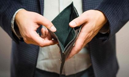 Sự suy sụp của người trưởng thành, bắt đầu từ việc không có tiền