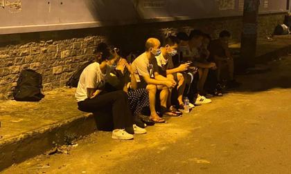 Nhóm người Trung Quốc nghi nhập cảnh trái phép chạy tán loạn khi phát hiện công an