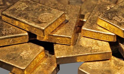Giá vàng hôm nay 4/8: Giá vàng trong nước cao hơn thế giới, nhà đầu tư gánh rủi ro