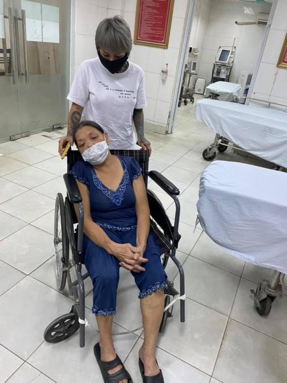 'Hot girl xăm trổ' Đào Chile tố bị vợ chồng Phú Lê cho đàn em đến hành hung, khiến mẹ và dì phải nhập viện - 1