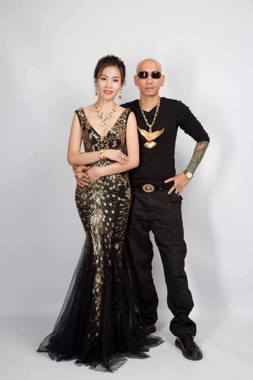 An ninh - Hình sự - Chân dung 'giang hồ mạng' kiêm ca sĩ Phú Lê vừa bị bắt giữ (Hình 4).