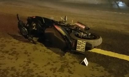 TPHCM: Sau tiếng động lớn, phát hiện nam thanh niên tử vong trên đường