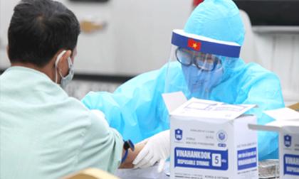 Nhân viên giao Pizza ở Hà Nội mắc Covid-19 tiên lượng nặng, phải thở máy