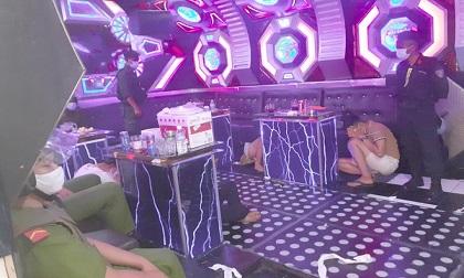 76 người sử dụng ma túy trong quán karaoke