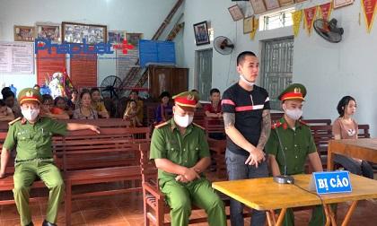 Hà Giang: Bịt miệng, đe dọa cướp điện thoại lĩnh án 4 năm tù