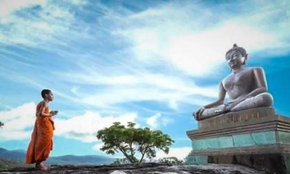 Phật dạy: 5 cách tích đức giúp phụ nữ trở nên xinh đẹp và cao quý
