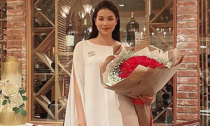 Chỉ một tiết lộ nhỏ về bản thân, Phạm Hương vô tình làm dấy lên nghi vấn mang bầu lần 2