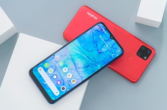 Những smartphone giá rẻ có màn hình lớn, pin khỏe - 5