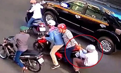 TP. HCM: Bắt băng nhóm chuyên dàn cảnh va quệt xe để móc túi