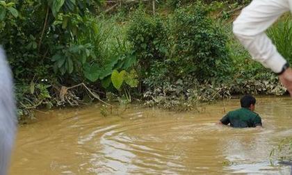 Nghệ An: Rơi xuống khe nước sâu, 3 học sinh tiểu học đuối nước thương tâm