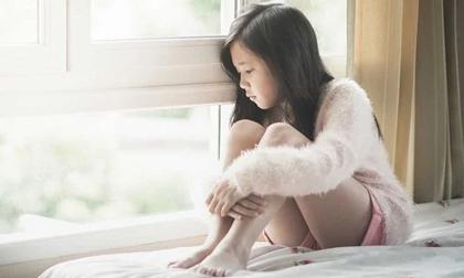Dấu hiệu trầm cảm ở trẻ em và thanh thiếu niên: Cha mẹ có con nhỏ đừng thờ ơ