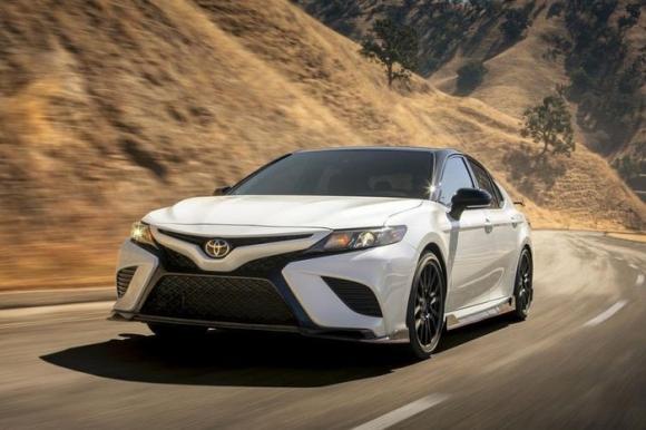 10 mẫu ô tô an toàn nhất thế giới năm 2020, Camry và Mazda tiến bộ bất ngờ - 9