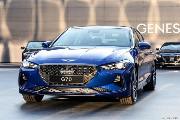 10 mẫu ô tô an toàn nhất thế giới năm 2020, Camry và Mazda tiến bộ bất ngờ - 6