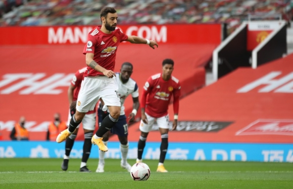 MU thảm bại lịch sử tại Old Trafford: Martial nhận thẻ đỏ, Tottenham vùi dập Quỷ đỏ bằng ván đấu tennis