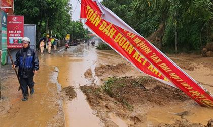 Lào Cai mưa lớn kỷ lục trong vòng 63 năm qua, một bé 3 tuổi tử vong, nhiều nơi ngập lụt, sạt lở đất